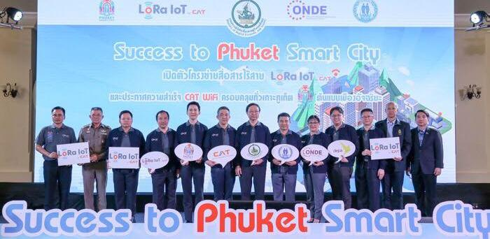 """CAT unveils wireless network 'LoRaWAN' and platform """"LoRa IoT by CAT"""",  Supporting Phuket as smart city"""
